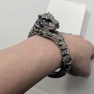Jewelry - BOGO 75% OFF! Black/Silver Jeweled Tiger Bracelet